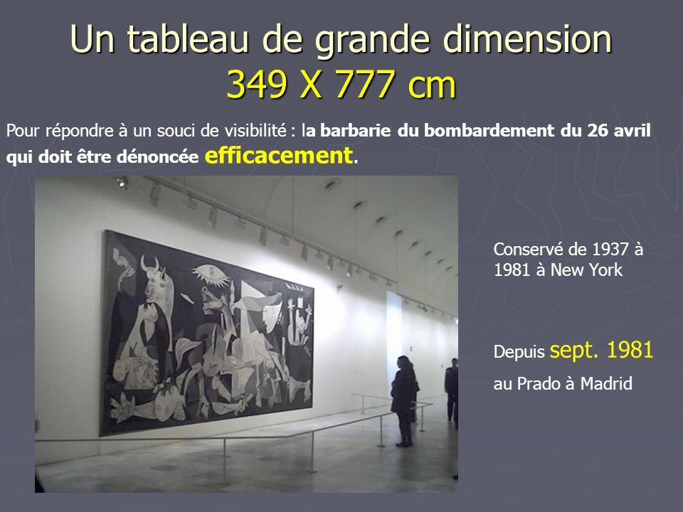 Un tableau de grande dimension 349 X 777 cm