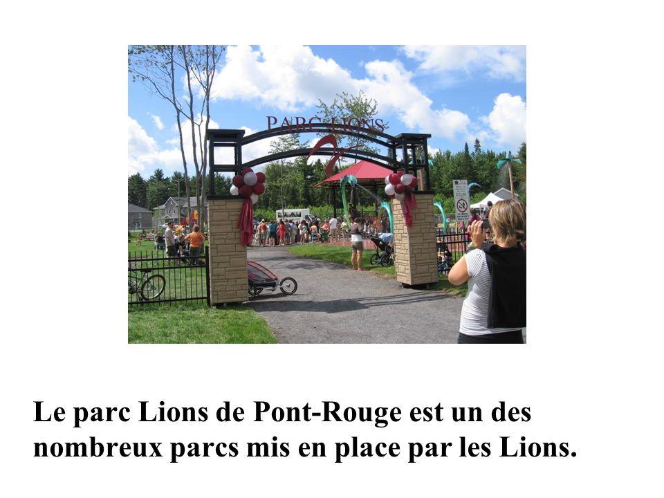Lake Joseph Centre Le parc Lions de Pont-Rouge est un des nombreux parcs mis en place par les Lions.
