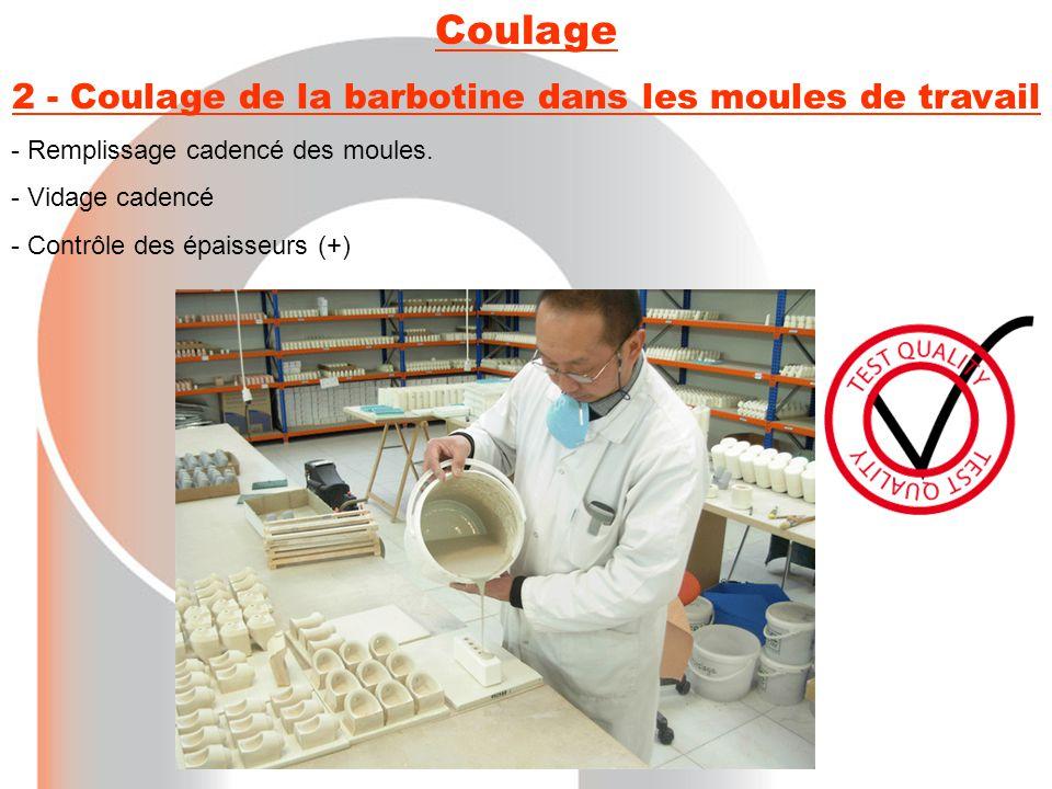 2 - Coulage de la barbotine dans les moules de travail