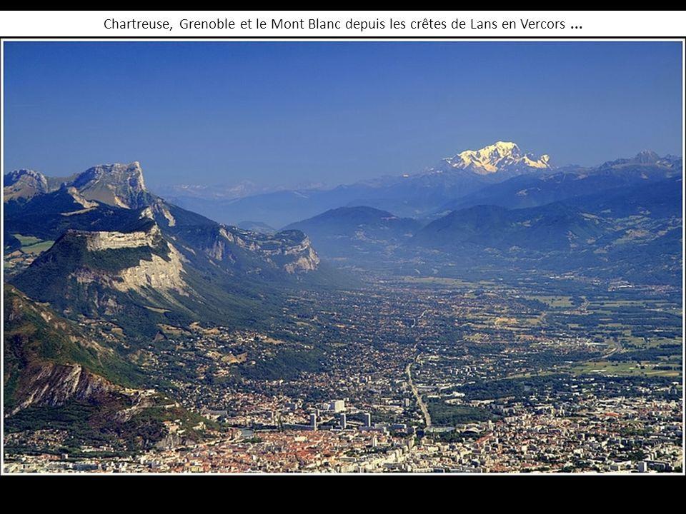 Chartreuse, Grenoble et le Mont Blanc depuis les crêtes de Lans en Vercors ...