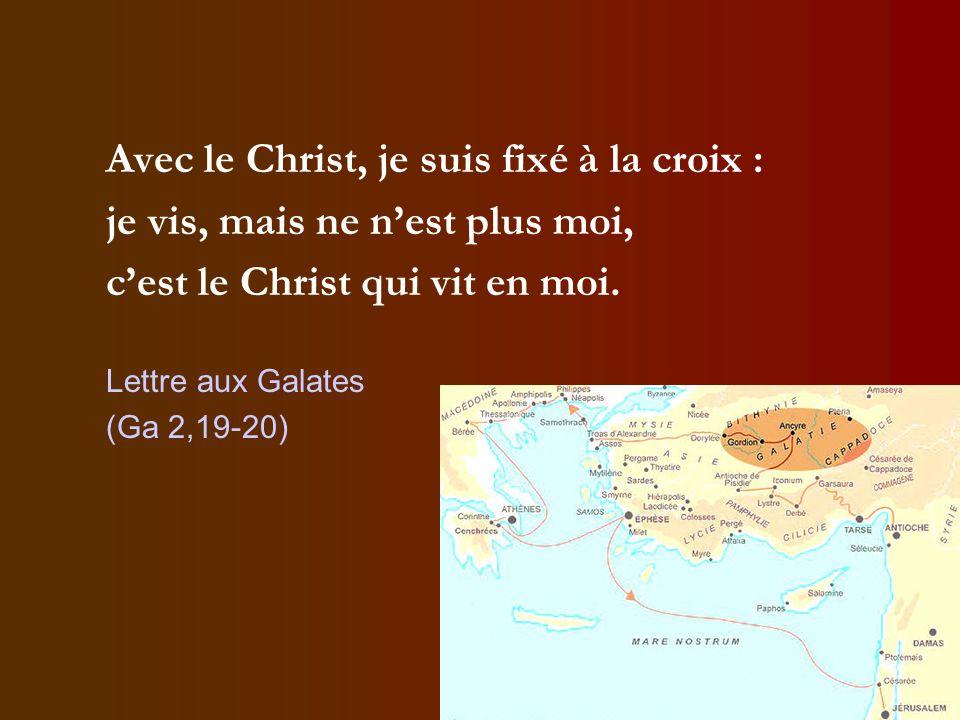 Avec le Christ, je suis fixé à la croix :