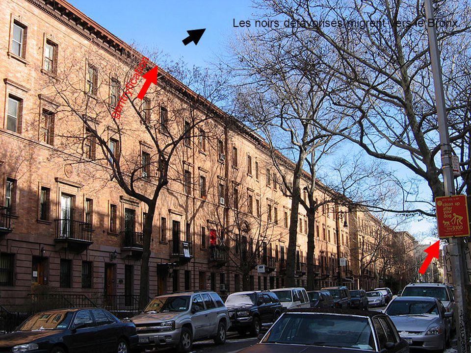 Les noirs défavorisés migrent vers le Bronx.