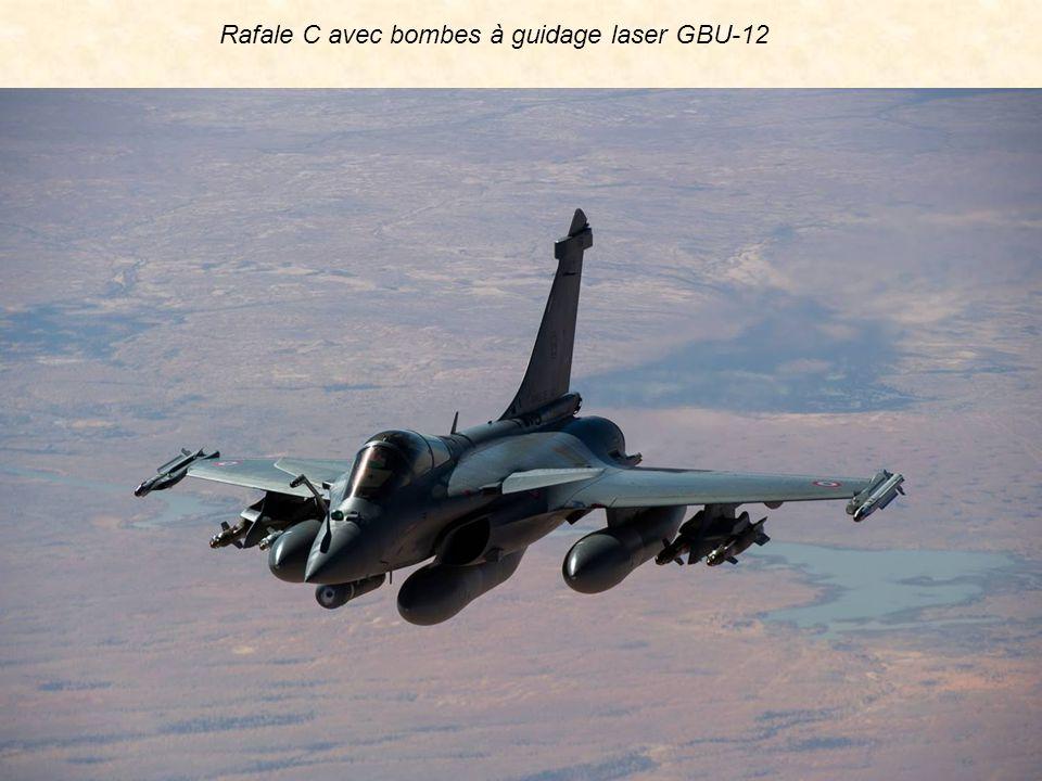 Rafale C avec bombes à guidage laser GBU-12