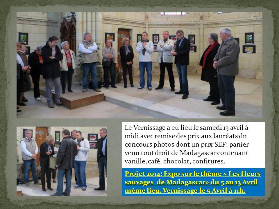 Le Vernissage a eu lieu le samedi 13 avril à midi avec remise des prix aux lauréats du concours photos dont un prix SEF: panier venu tout droit de Madagascar contenant vanille, café, chocolat, confitures.