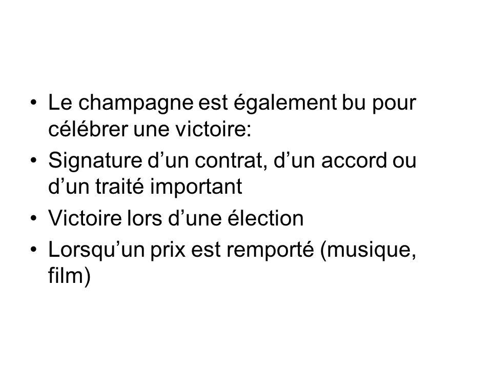 Le champagne est également bu pour célébrer une victoire: