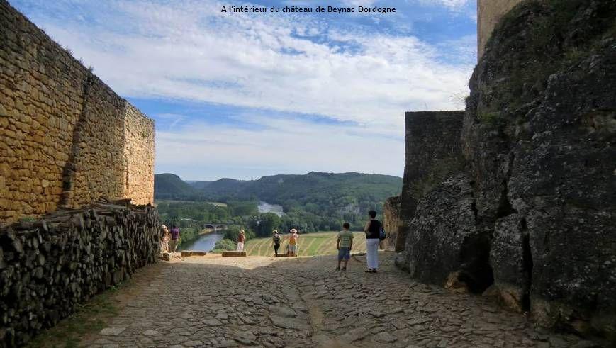 A l intérieur du château de Beynac Dordogne