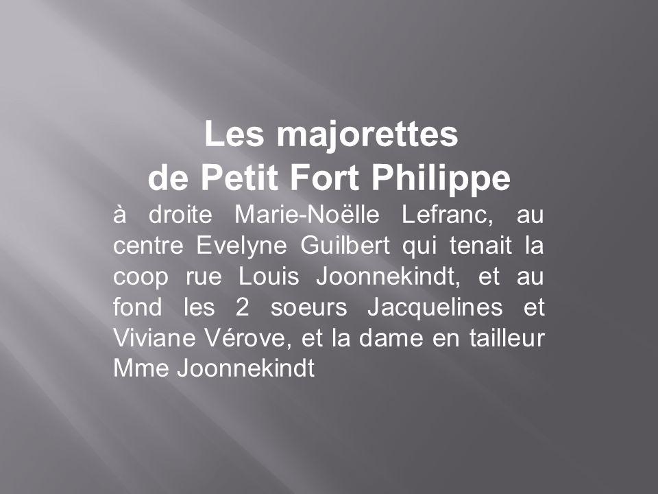 Les majorettes de Petit Fort Philippe.