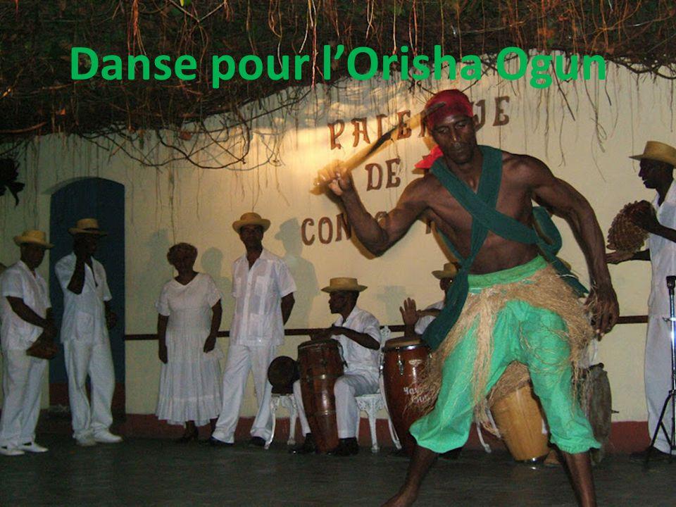 Danse pour l'Orisha Ogun