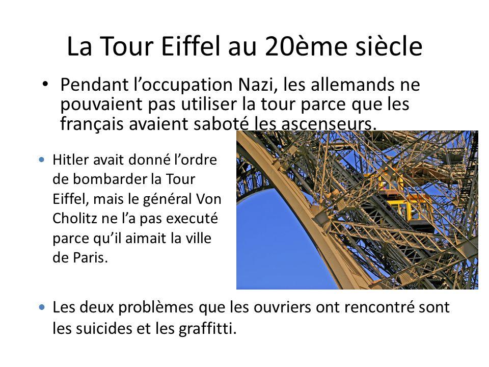La Tour Eiffel au 20ème siècle