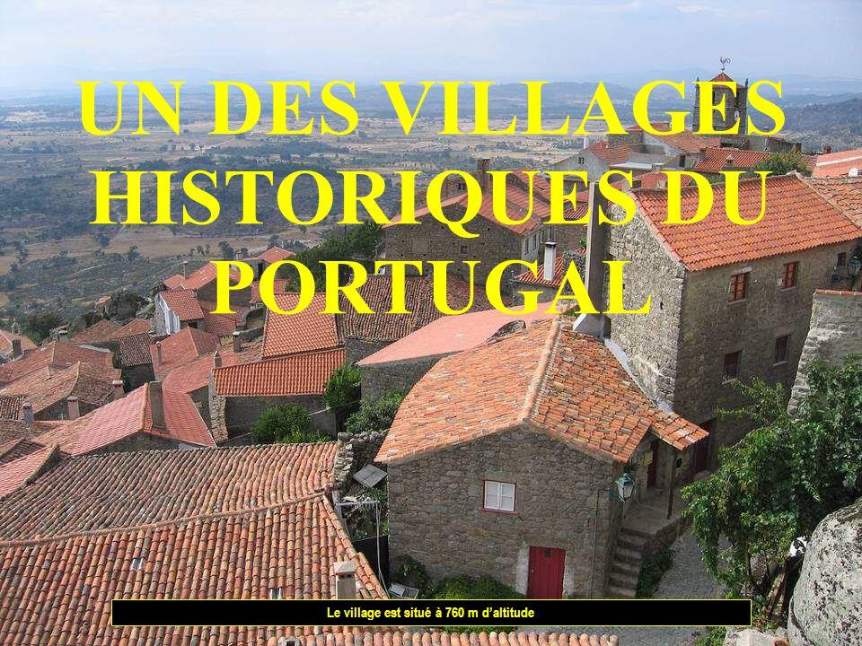 UN DES VILLAGES HISTORIQUES DU PORTUGAL