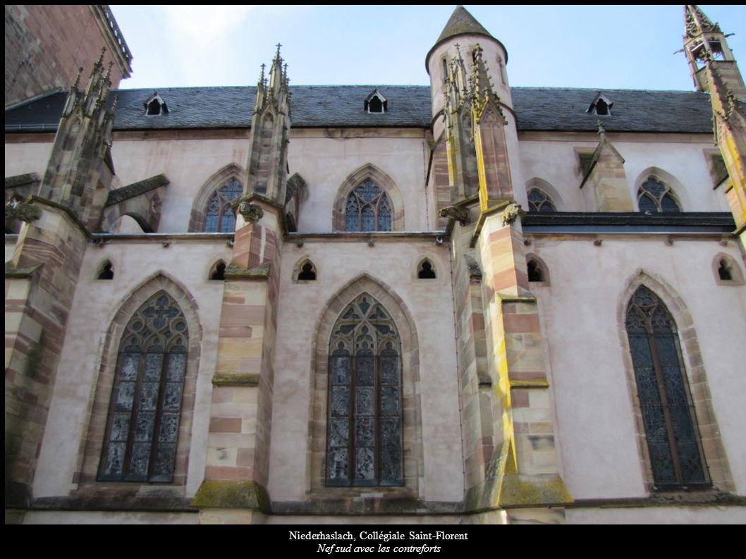 Niederhaslach, Collégiale Saint-Florent Nef sud avec les contreforts
