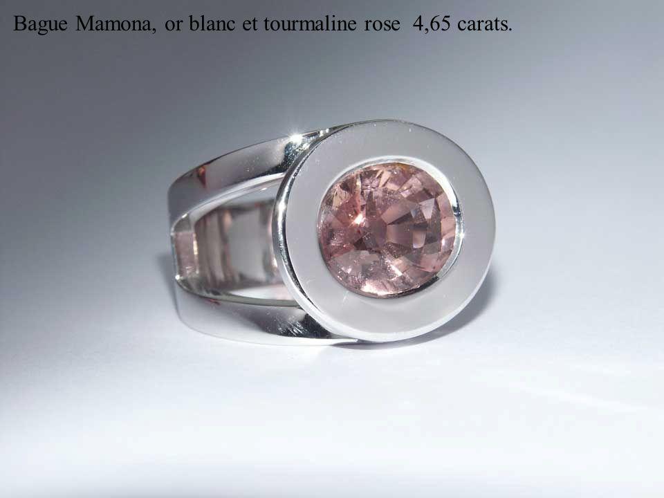 Bague Mamona, or blanc et tourmaline rose 4,65 carats.
