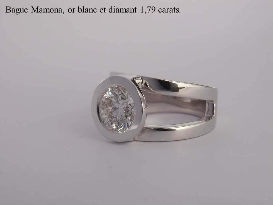 Bague Mamona, or blanc et diamant 1,79 carats.