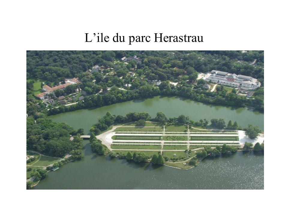 L'ile du parc Herastrau