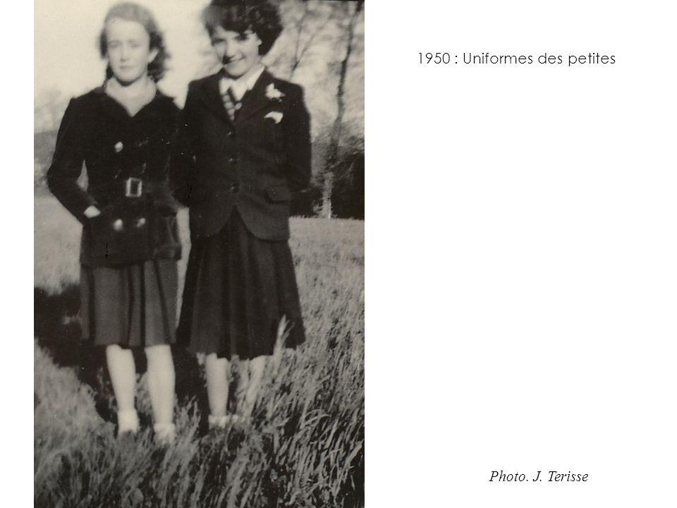 1950 : Uniformes des petites