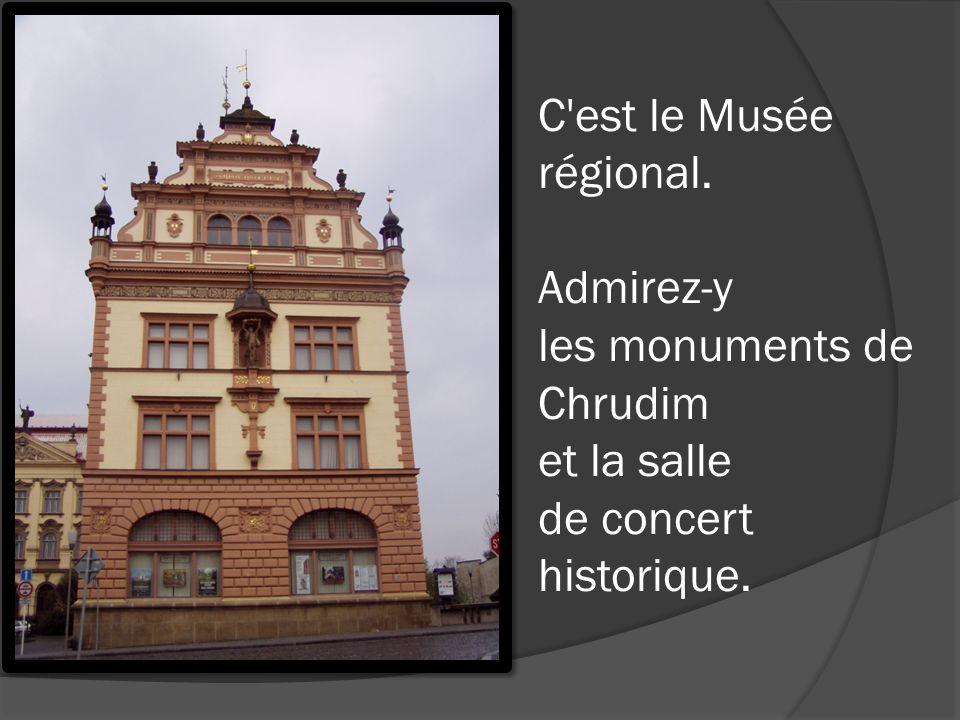C est le Musée régional. Admirez-y les monuments de Chrudim et la salle de concert historique.