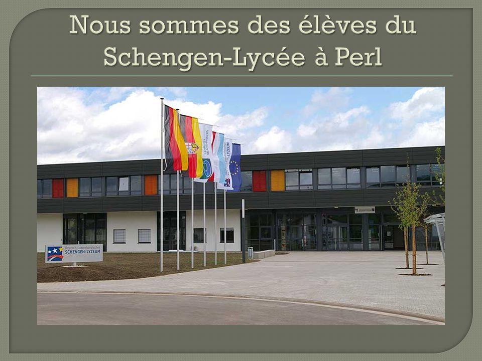 Nous sommes des élèves du Schengen-Lycée à Perl