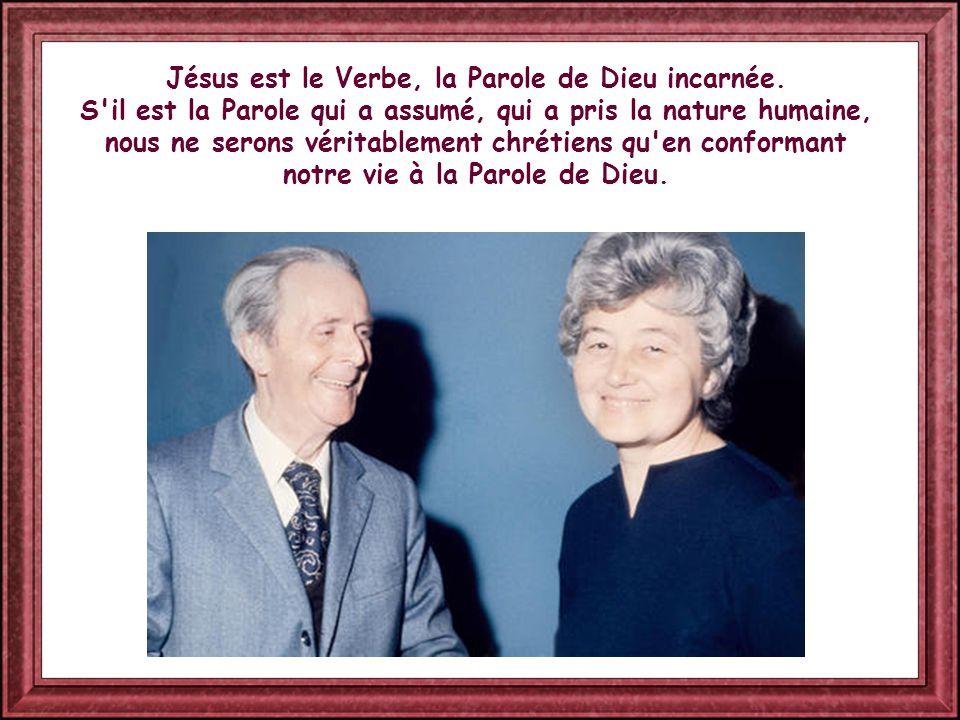 Jésus est le Verbe, la Parole de Dieu incarnée