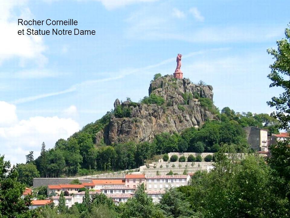 Rocher Corneille et Statue Notre Dame