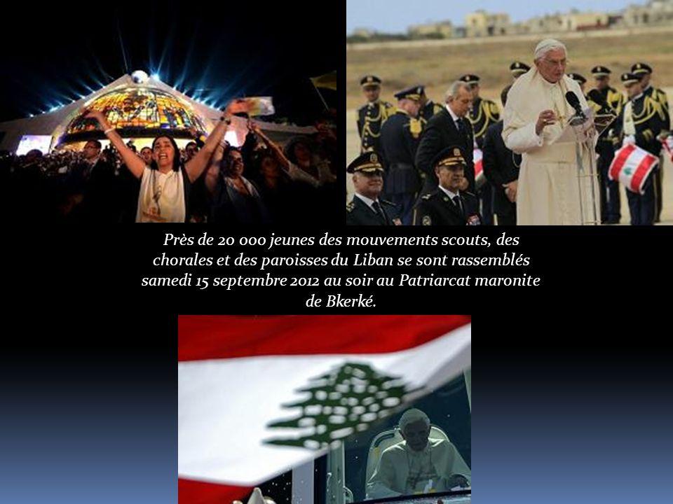 Près de 20 000 jeunes des mouvements scouts, des chorales et des paroisses du Liban se sont rassemblés samedi 15 septembre 2012 au soir au Patriarcat maronite de Bkerké.