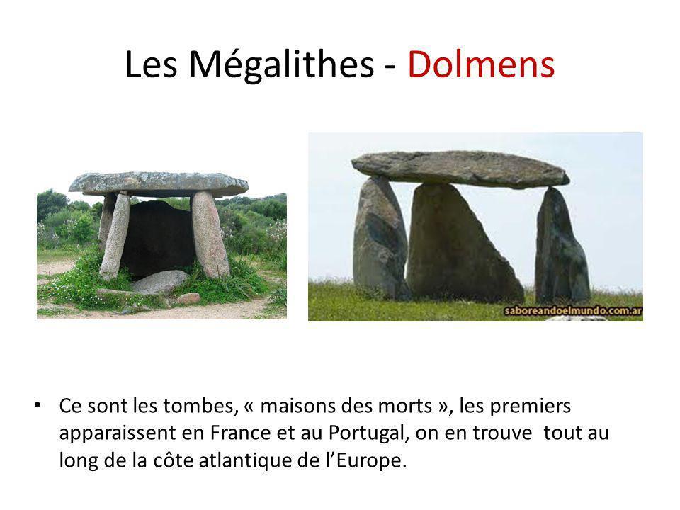 Les Mégalithes - Dolmens