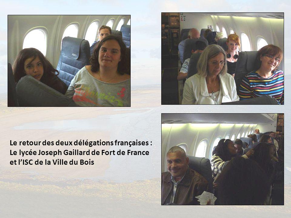 Le retour des deux délégations françaises :