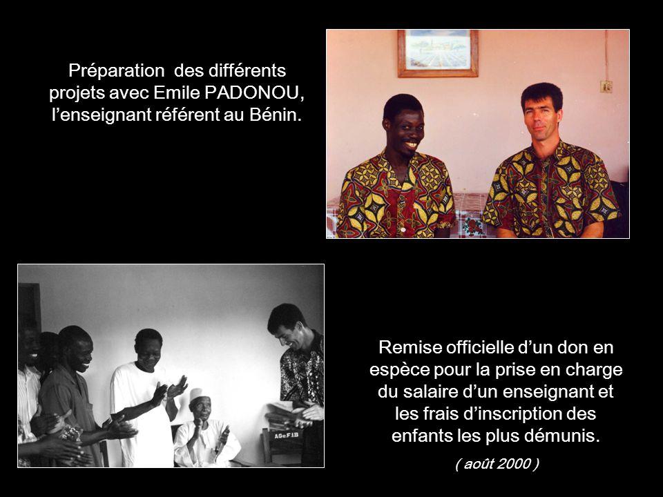 Préparation des différents projets avec Emile PADONOU, l'enseignant référent au Bénin.