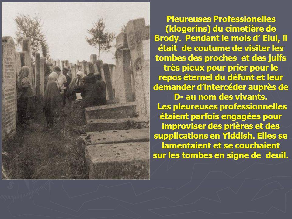 Pleureuses Professionelles (klogerins) du cimetière de Brody