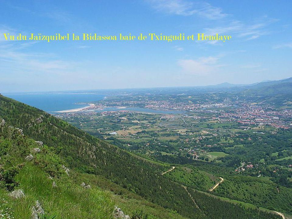 Vu du Jaïzquibel la Bidassoa baie de Txingudi et Hendaye