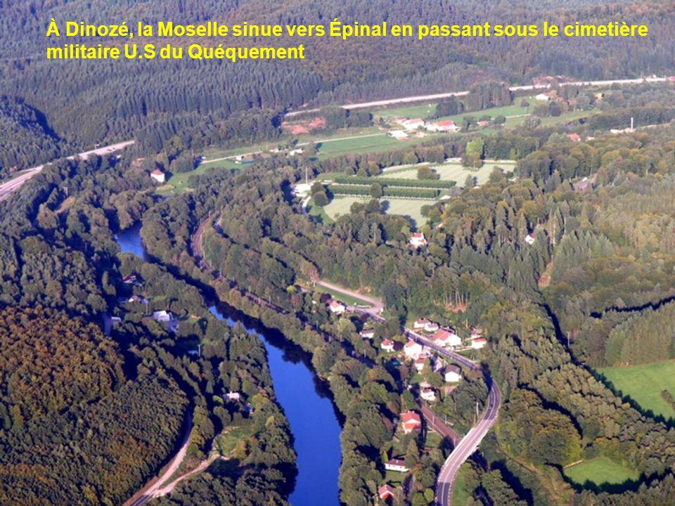 À Dinozé, la Moselle sinue vers Épinal en passant sous le cimetière