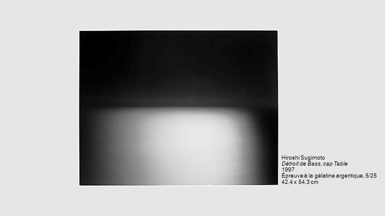Hiroshi Sugimoto Détroit de Bass, cap Table 1997 Épreuve à la gélatine argentique, 5/25 42,4 x 54,3 cm