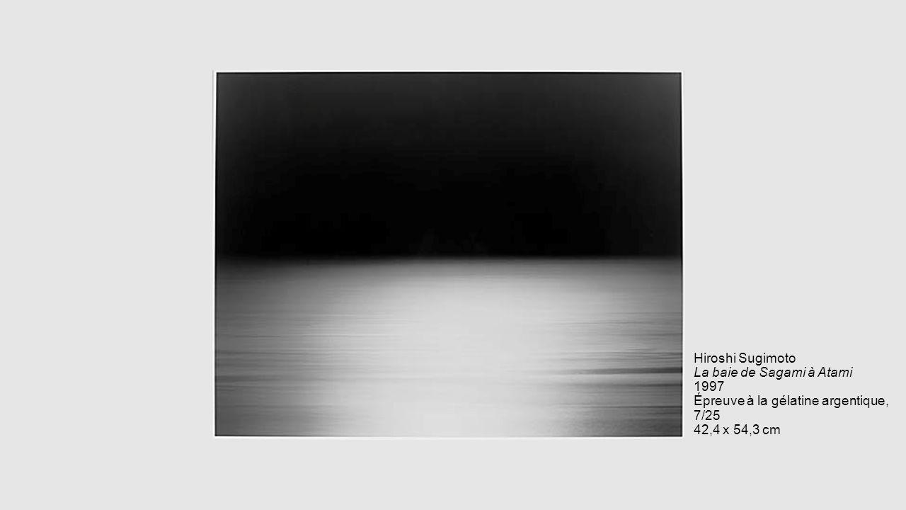 Hiroshi Sugimoto La baie de Sagami à Atami 1997 Épreuve à la gélatine argentique, 7/25 42,4 x 54,3 cm