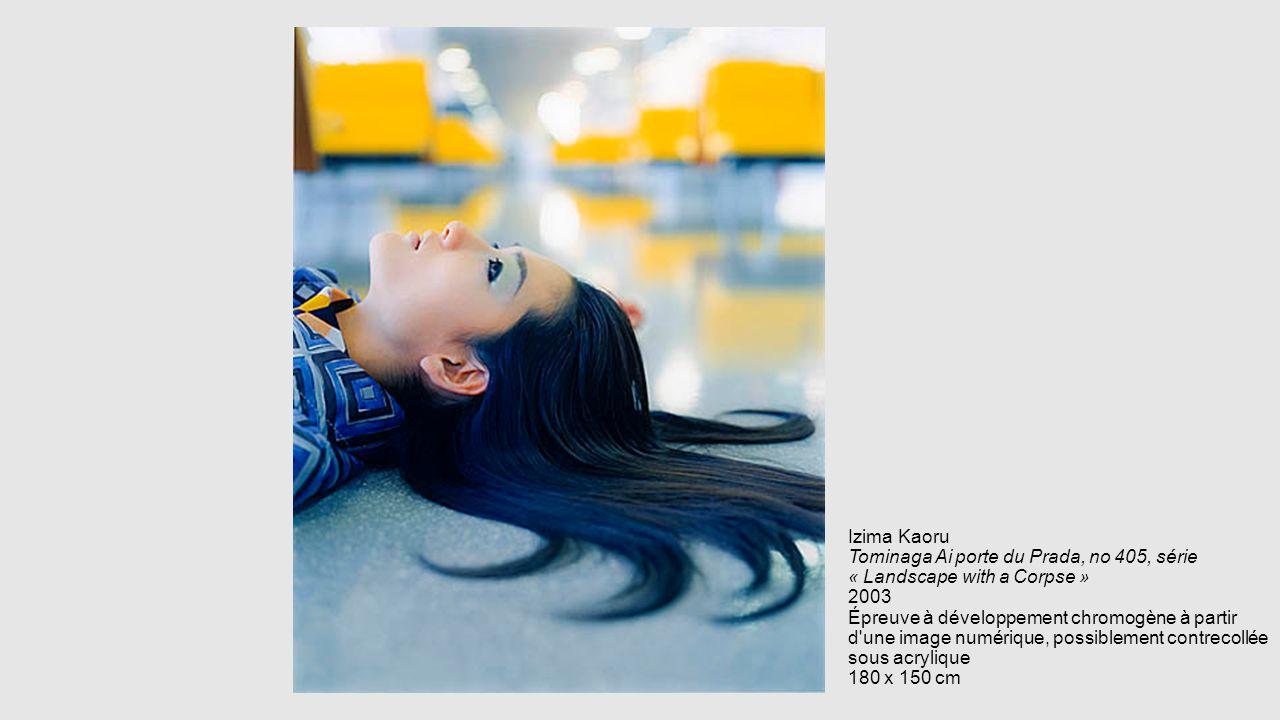 Izima Kaoru Tominaga Ai porte du Prada, no 405, série « Landscape with a Corpse » 2003 Épreuve à développement chromogène à partir d une image numérique, possiblement contrecollée sous acrylique 180 x 150 cm