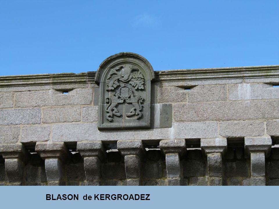 BLASON de KERGROADEZ
