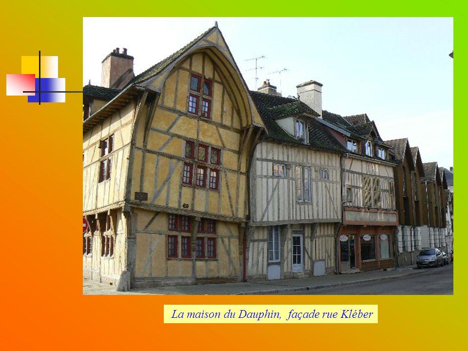 La maison du Dauphin, façade rue Kléber