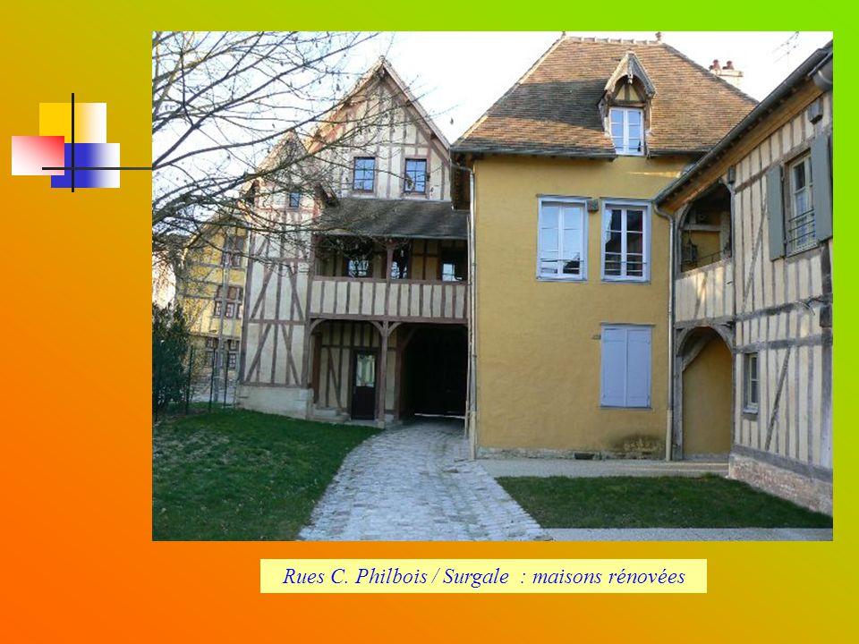 Rues C. Philbois / Surgale : maisons rénovées
