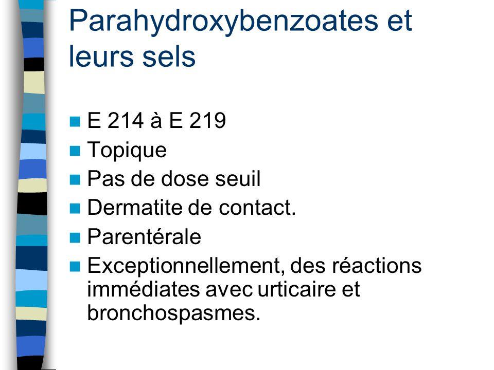 Parahydroxybenzoates et leurs sels