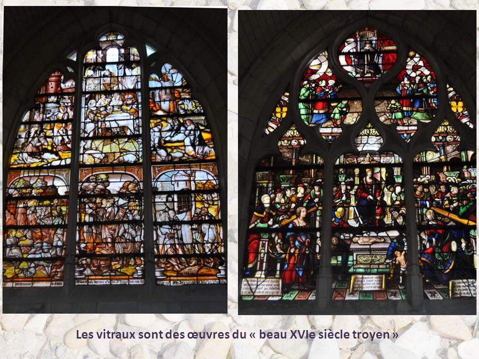 Les vitraux sont des œuvres du « beau XVIe siècle troyen »