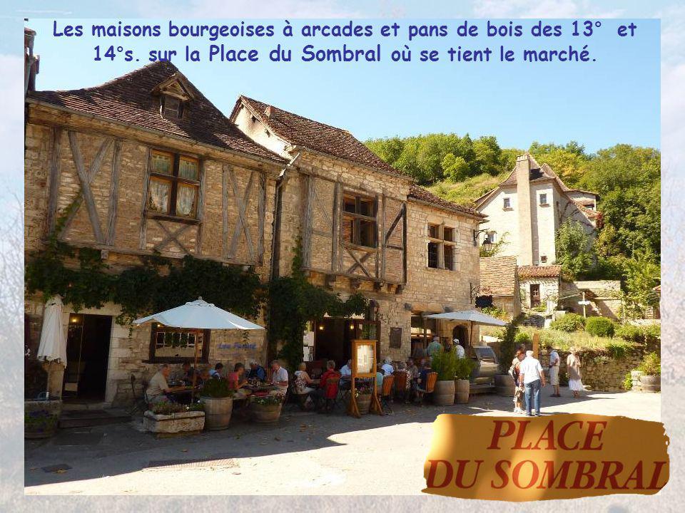 Les maisons bourgeoises à arcades et pans de bois des 13° et 14°s