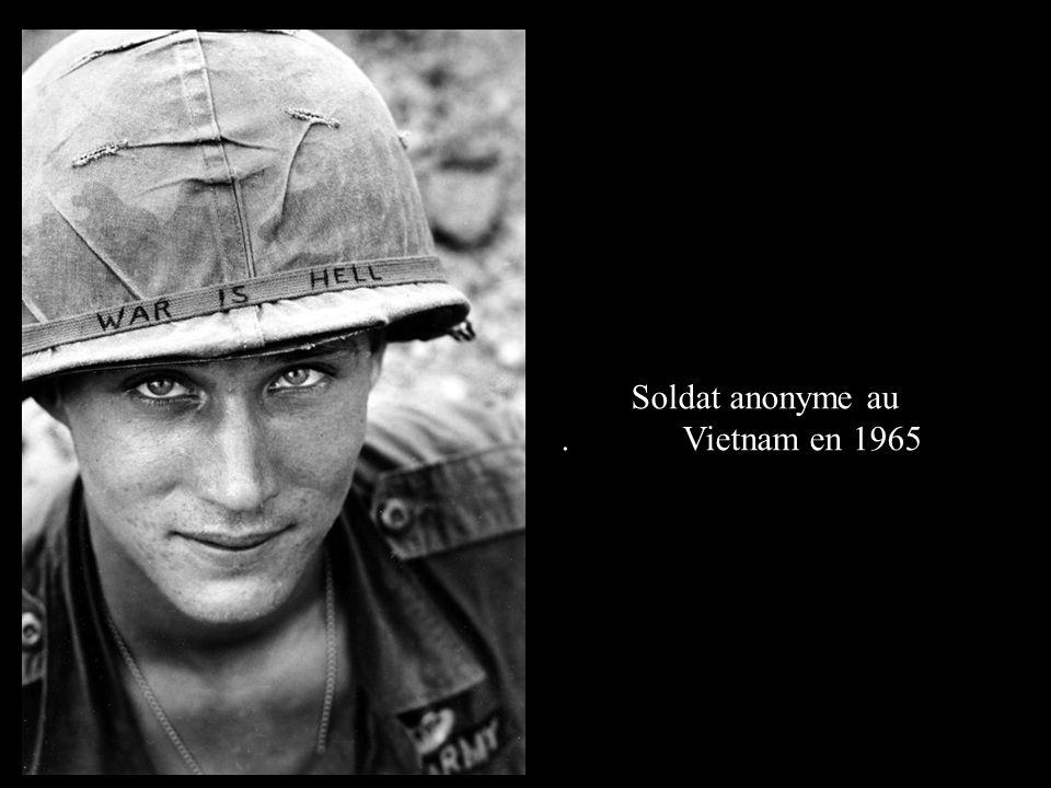 Soldat anonyme au . Vietnam en 1965