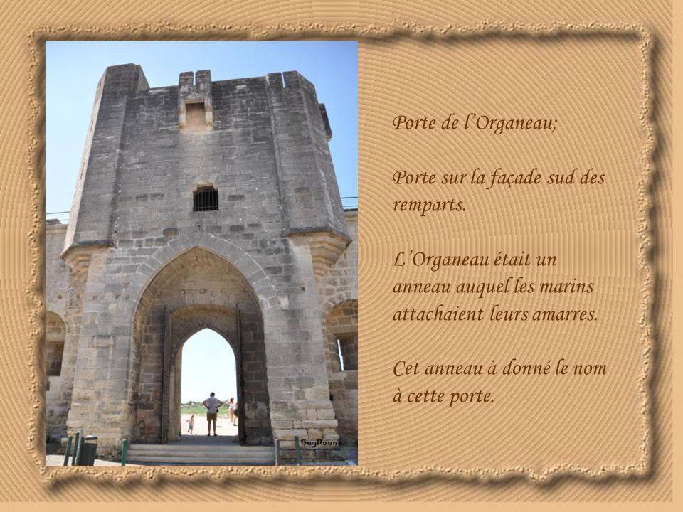 Porte de l'Organeau; Porte sur la façade sud des remparts. L'Organeau était un anneau auquel les marins attachaient leurs amarres.
