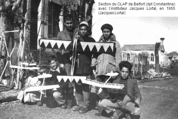 Section du CLAP de Belfort (dpt Constantine) avec l'instituteur Jacques Lortal, en 1955 (Jacques Lortal)