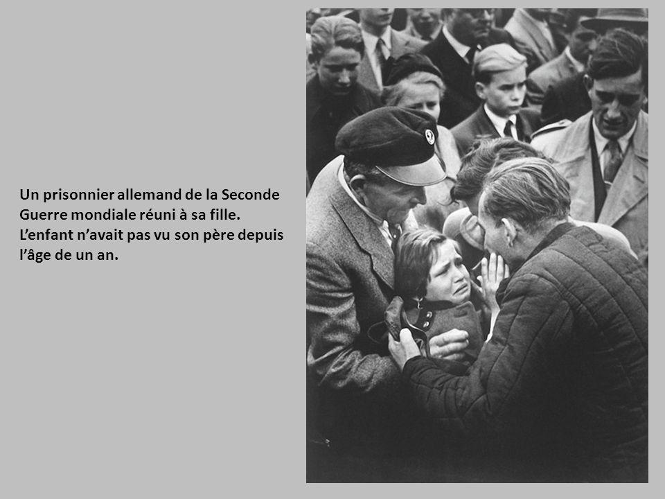 Un prisonnier allemand de la Seconde Guerre mondiale réuni à sa fille