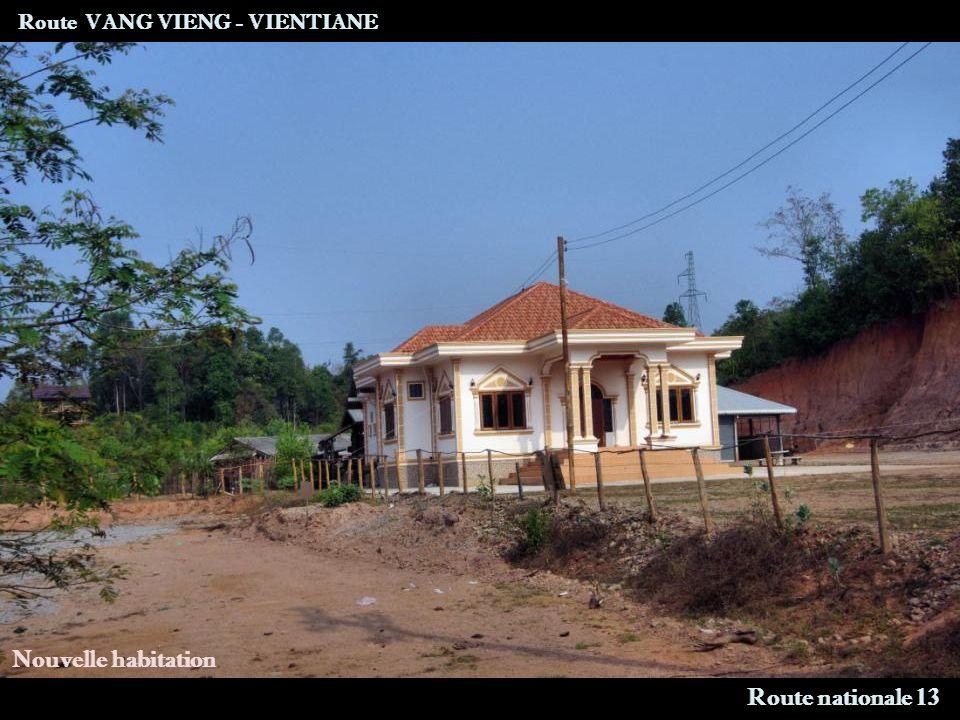 Route VANG VIENG - VIENTIANE