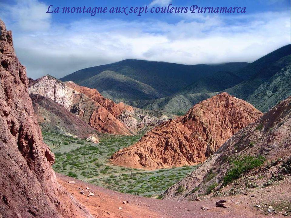 La montagne aux sept couleurs Purnamarca