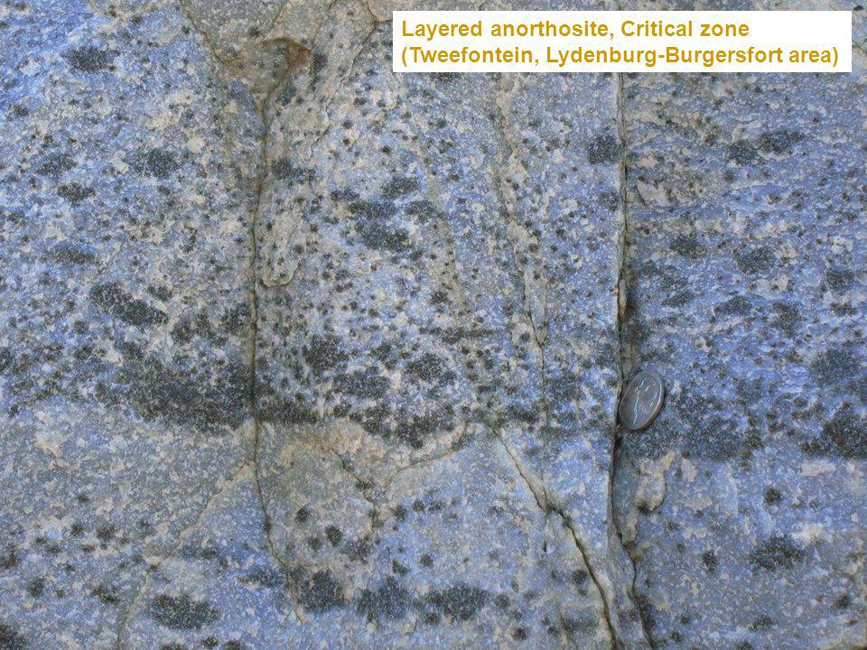 Layered anorthosite, Critical zone