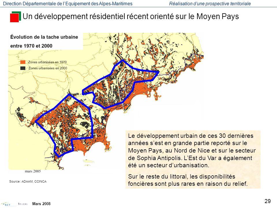 Un développement résidentiel récent orienté sur le Moyen Pays