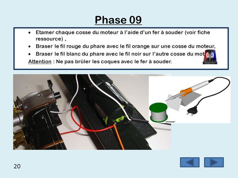 Phase 09 Etamer chaque cosse du moteur à l'aide d'un fer à souder (voir fiche ressource) ,