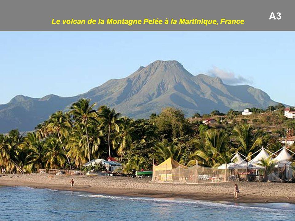 Le volcan de la Montagne Pelée à la Martinique, France