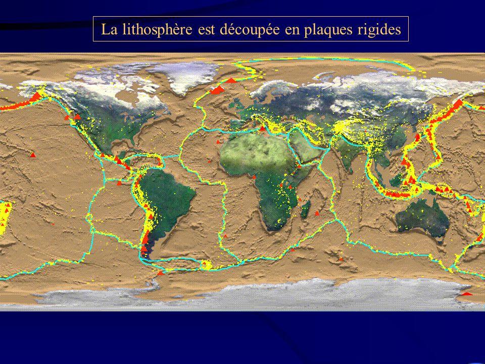 La lithosphère est découpée en plaques rigides